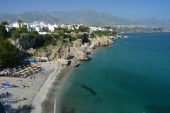 Romantické pobrežie pri Nerja, Andalúzia