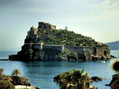 Aragónsky hrad na Ischii