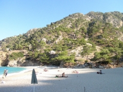 Dovolenka na Karpathose, pláž Apela