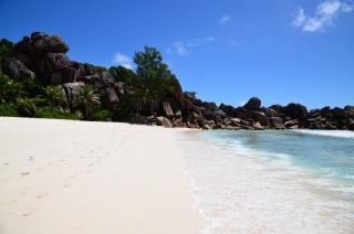 Dovolenka Seychelly, ostrov La Dique, pláž Grand Anse