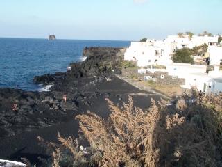 Dovolenka Sicília, pláž na ostrove Stromboli