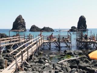 Dovolenka Sicília, Kyklopské ostrovy, Acitrezza