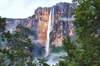 Najvyšší vodopád sveta Salto Angel, Venezuela